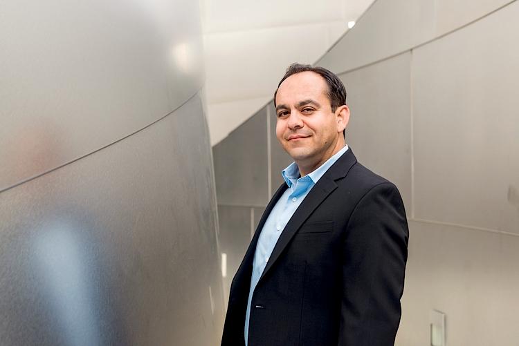 James Pelayo - LALUXRE Director of Luxury Estates