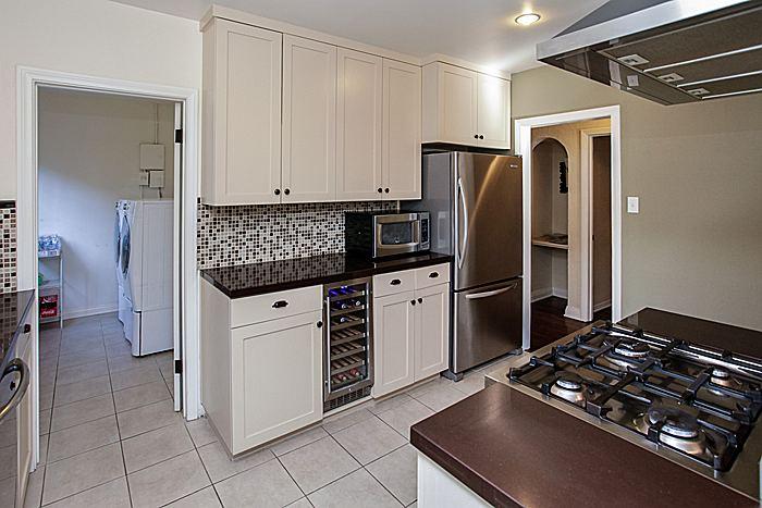 kitchenlaundryroom_700.jpg