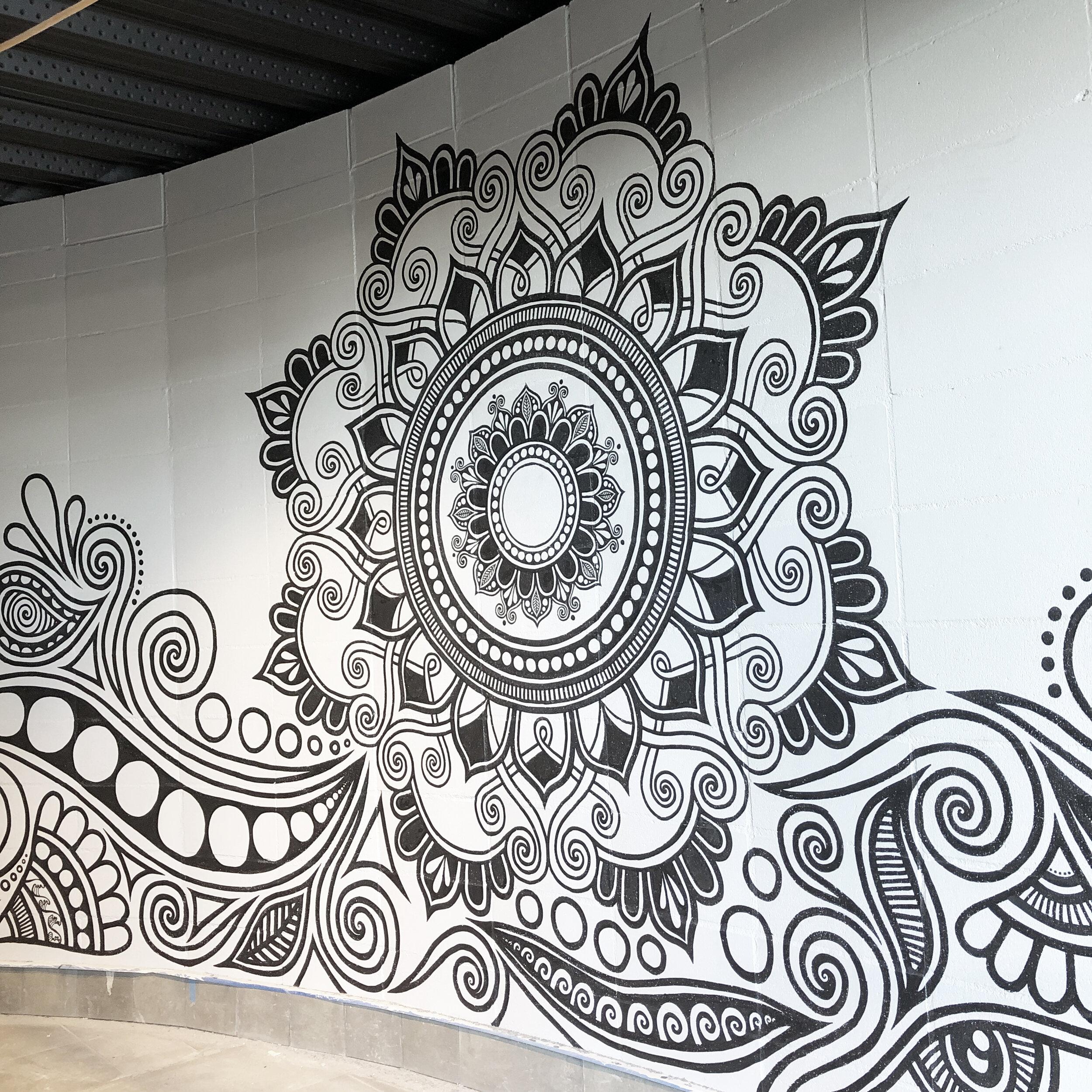 fortyonehundred-wall-mural-artist5.jpg
