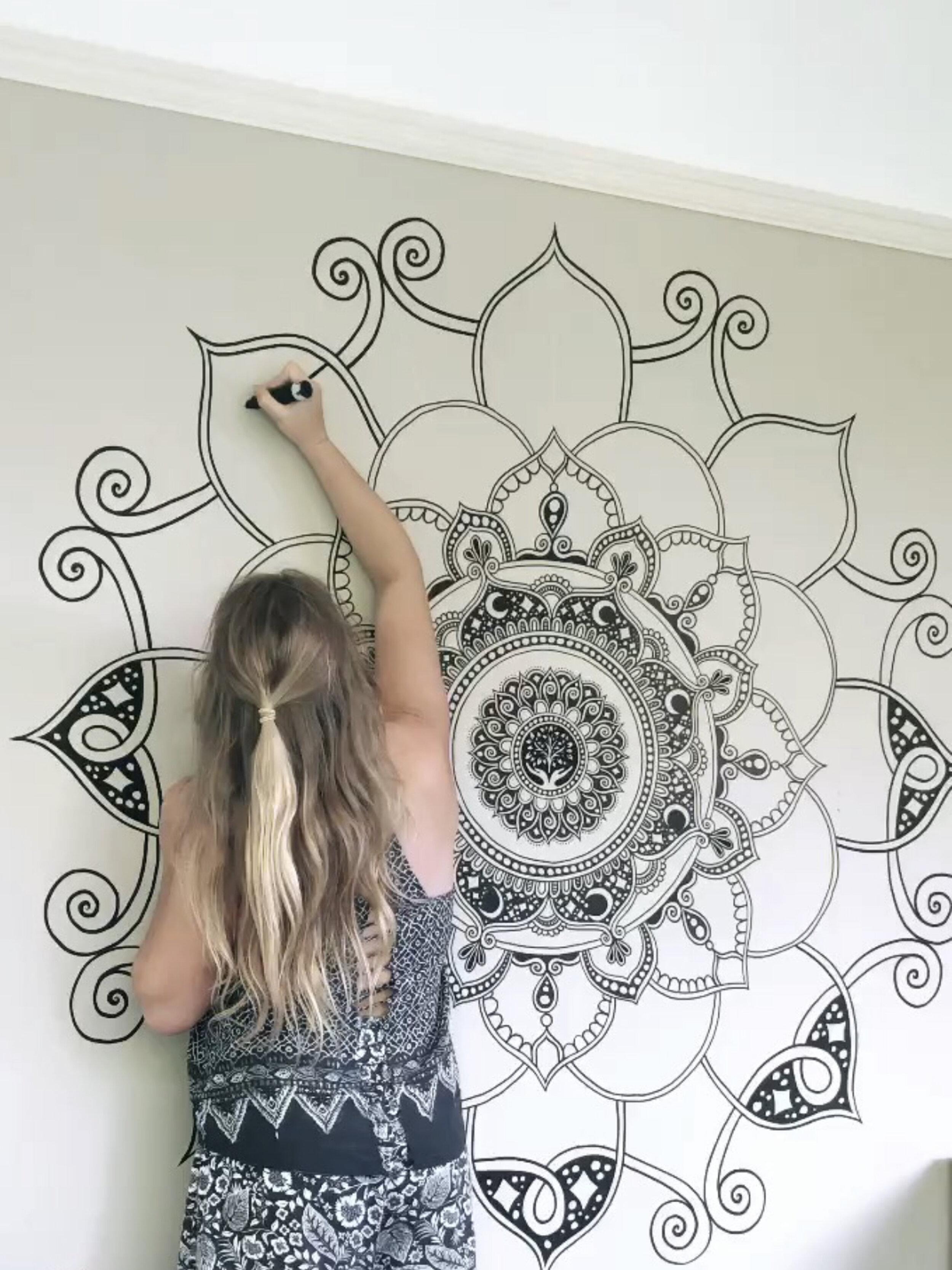 fortyonehundred-wall-mural-artist3.jpg