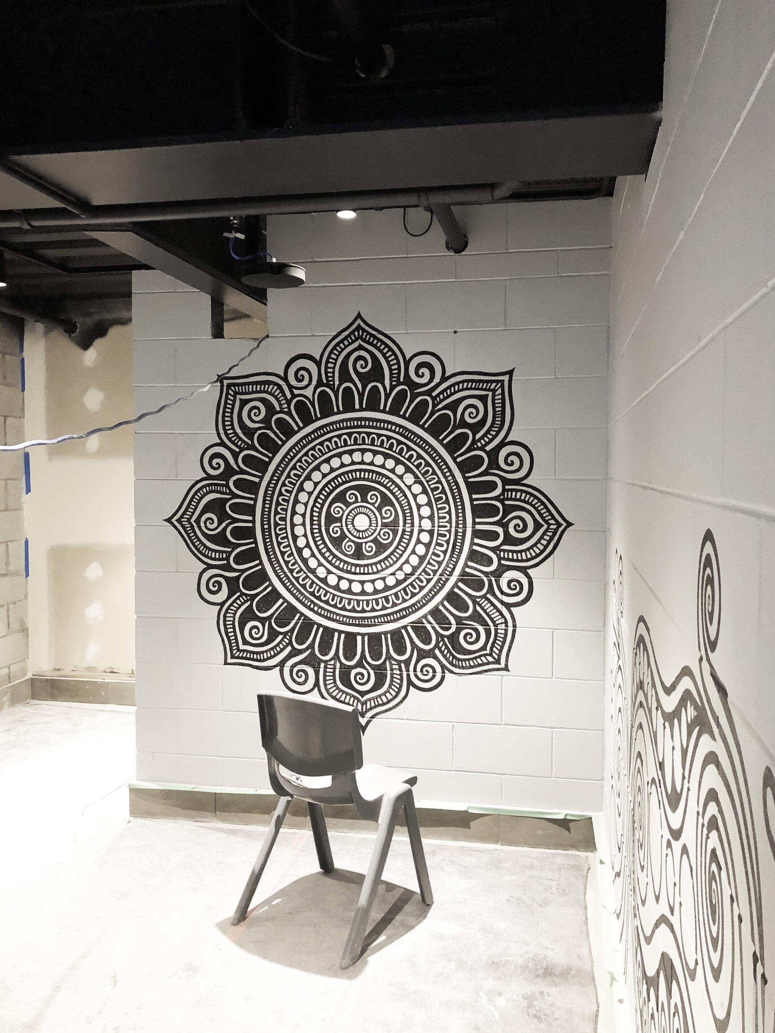 fortyonehundred-wall-mural-artist2.jpg
