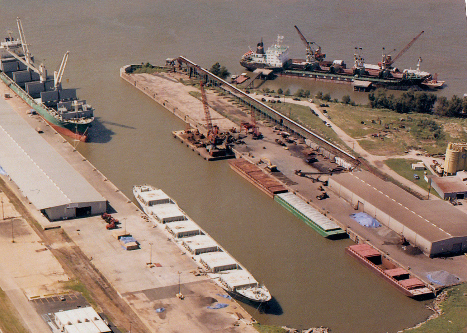 Arabi Terminal Dock No. 2 Rehabilitation.jpg