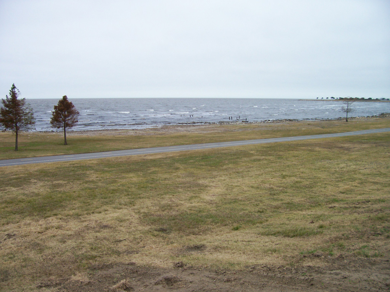 Lake Ponchartrain.jpg