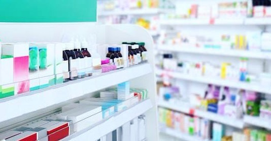 Do you know your pharmacist? At Apothecary we provide a personalized experience for each of our patients. Come visit your friendly neighborhood pharmacy! 💊 . . . #Nashville #medicine #pharmacy #doctor #meds #prescription #thegulchnashville #apothecarynash
