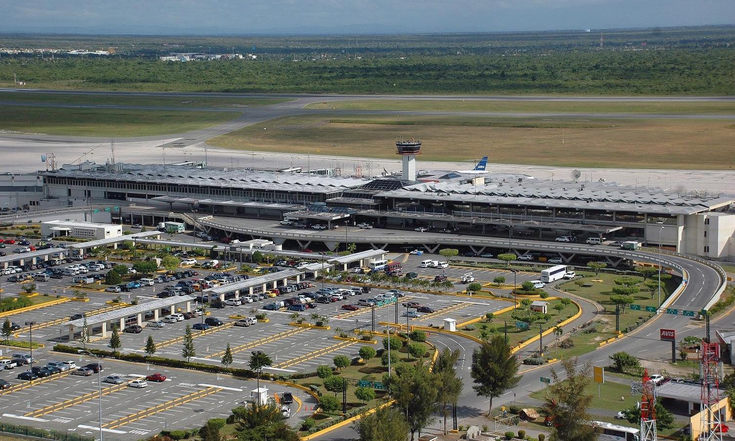 SANTO DOMINGO INTERNATIONAL AIRPORT (SDQ)