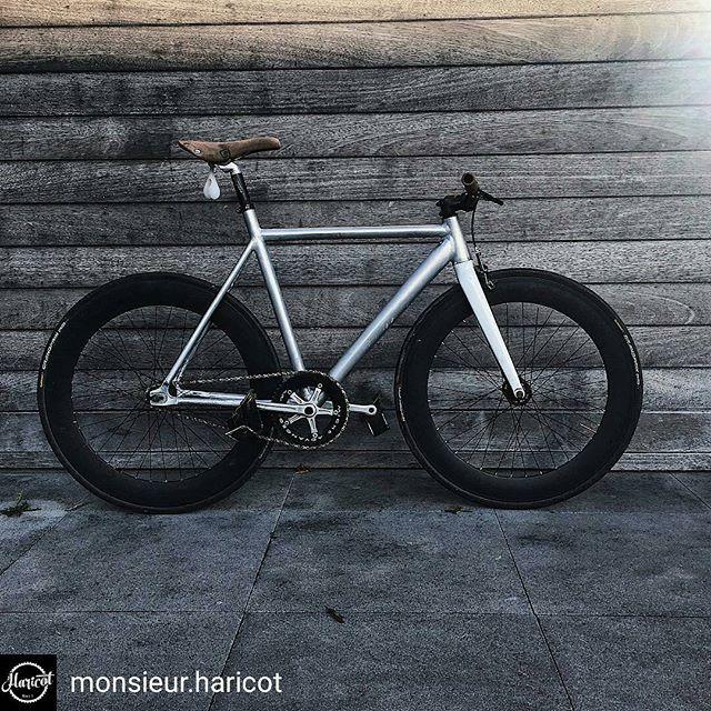 Some balls ❤️ Repost from @monsieur.haricot -  #savethetrackbike #fixedgear #fixieporn #fixiegram #fixie #fixed #bike #track #trackbike #cycling #bikeballs #instagood #instabike
