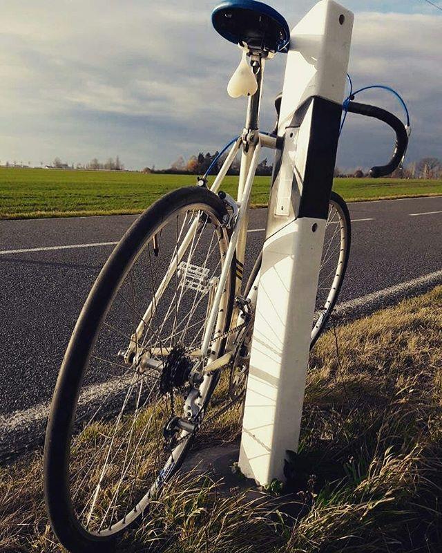 Repost from @vintage_velorian -  On the road...test ride of a Gazelle #velorian #roadbike #steelbike #vintagebike #retrobike #bikerestoration #bikeballs #instabike #bikegear