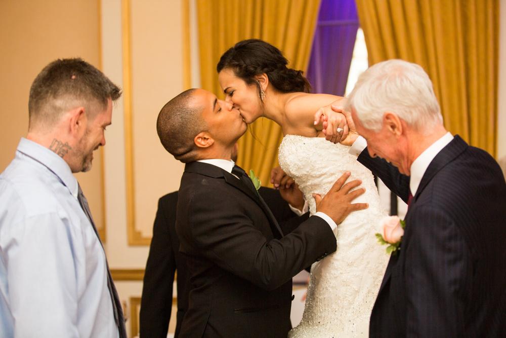 512-lord-nelson-halifax-wedding-----------.jpg