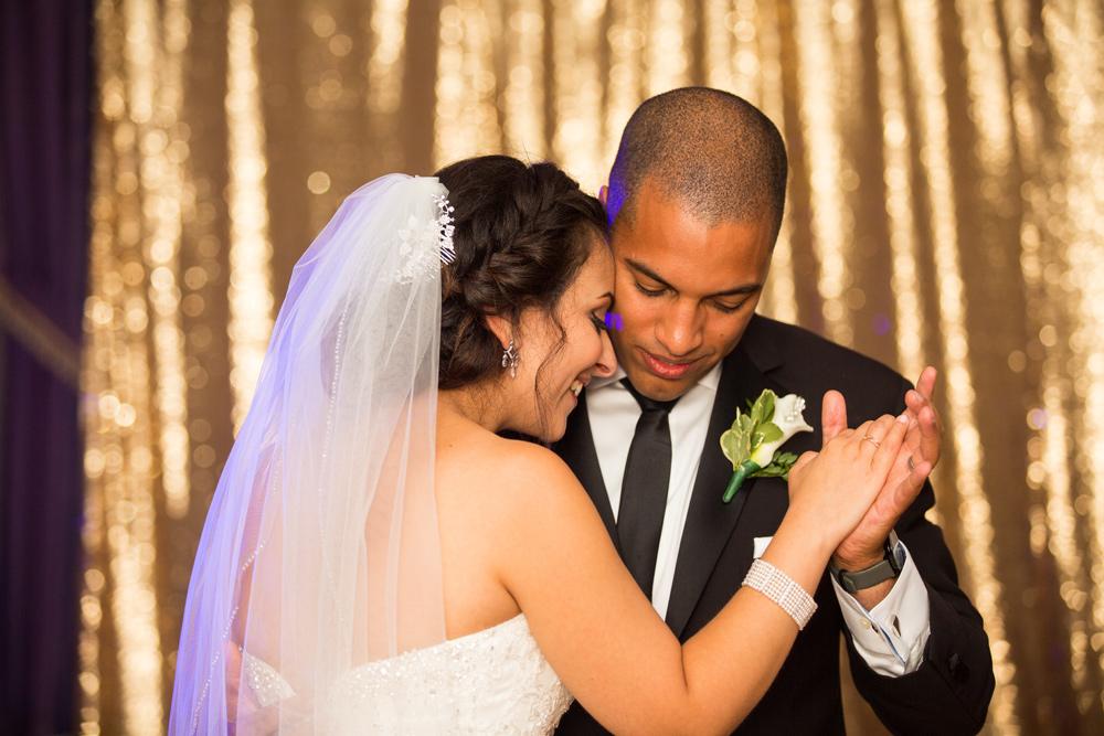 514-lord-nelson-halifax-wedding-----------.jpg