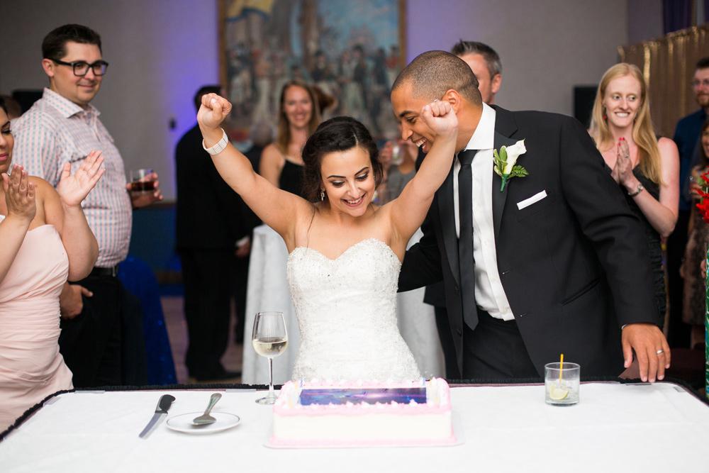 519-lord-nelson-halifax-wedding-----------.jpg