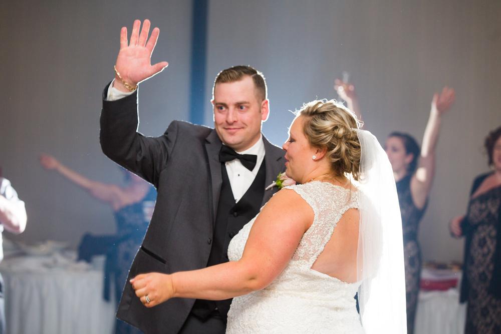 829-best-western-dartmouth-wedding.jpg