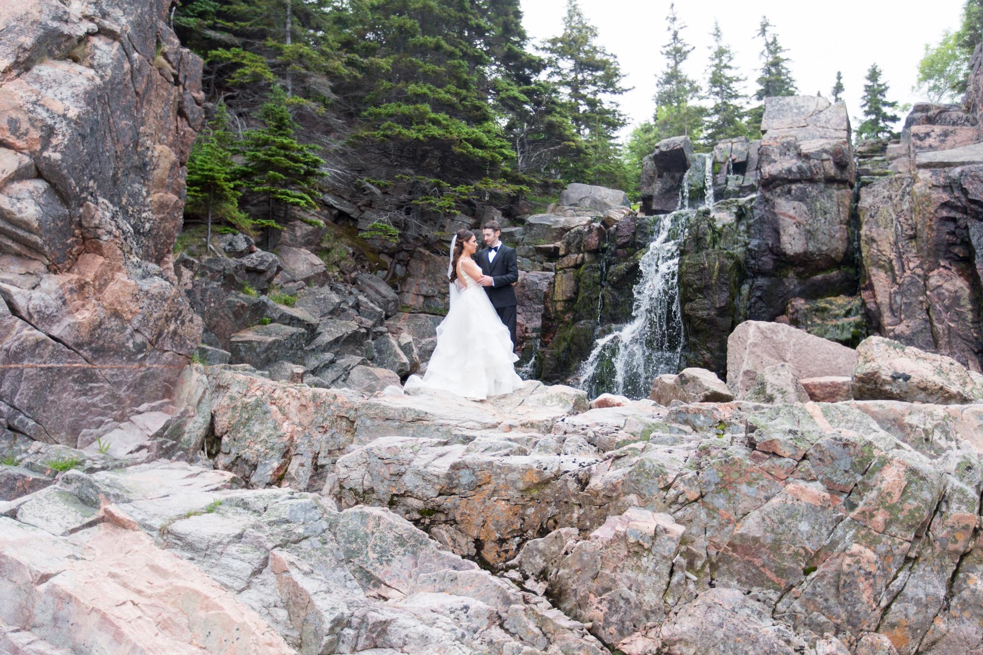 465-halifax-waterfall-wedding-.jpg