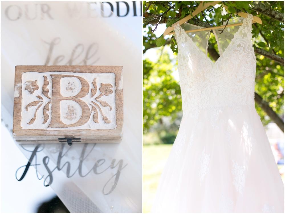 Oak-Island-Wedding-Chantal-Routhier-Photography_0002.jpg