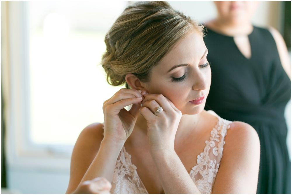 Oak-Island-Wedding-Chantal-Routhier-Photography_0005.jpg