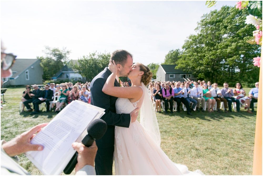 Oak-Island-Wedding-Chantal-Routhier-Photography_0027.jpg