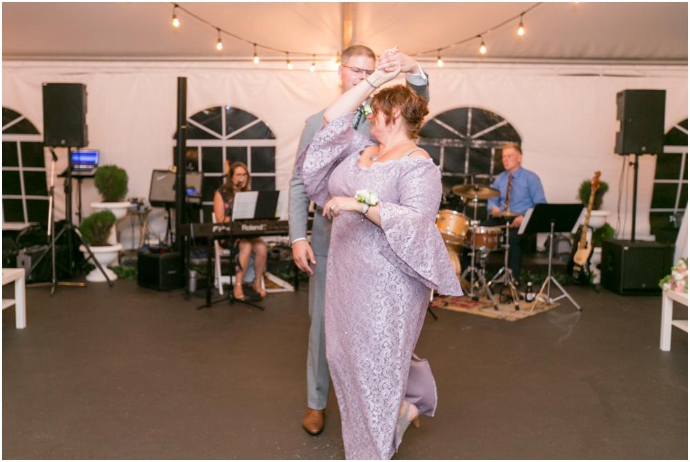 Glen-Arbour-Golf-Course-Wedding-Chantal-Ruthier-Photography_0031.jpg