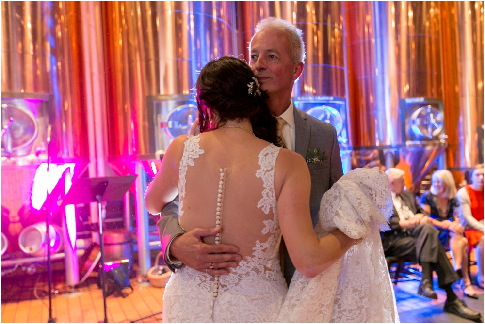Keith's-Brewery-Wedding-Chantal-Ruthier-Photography_0025.jpg