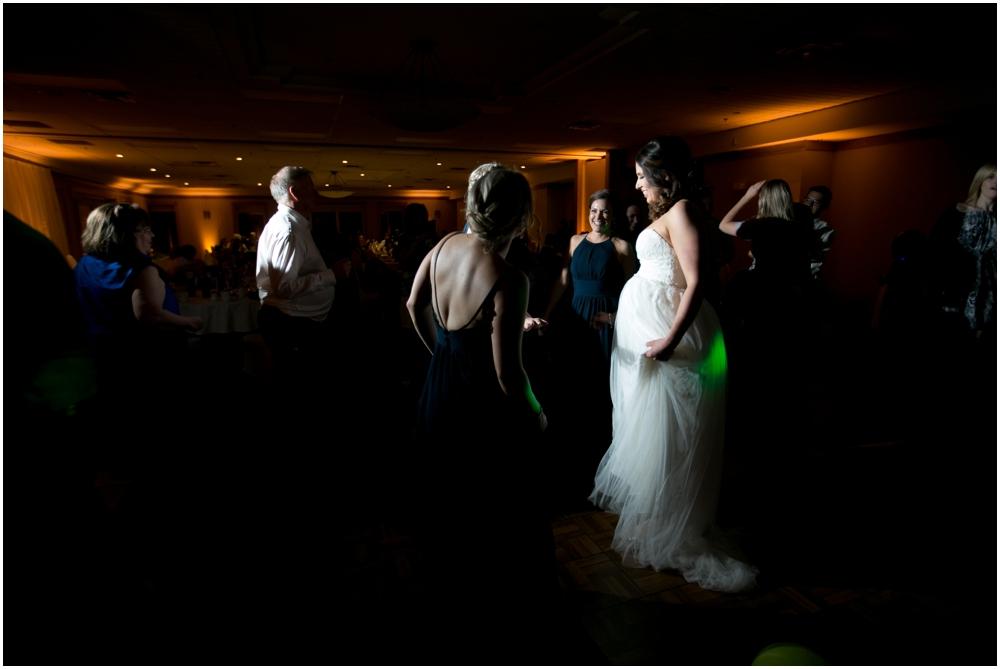Oak-Island-Wedding-Chantal-Routhier-Photography_0040.jpg