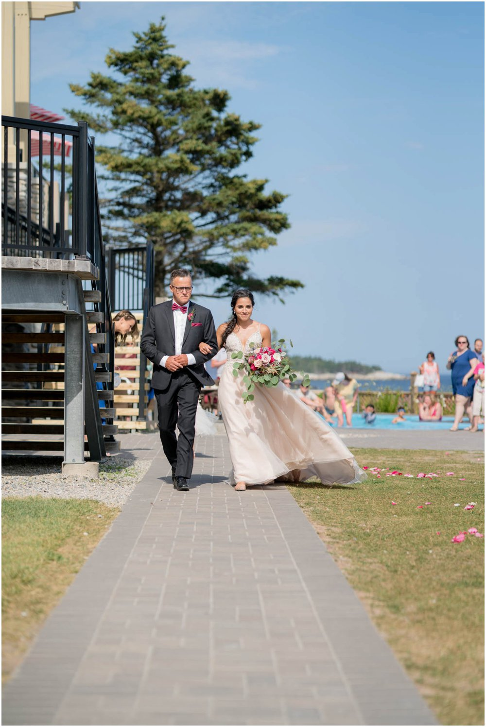 White-Point-Beach-Wedding-Chantal-Routhier-Photographer_0040.jpg