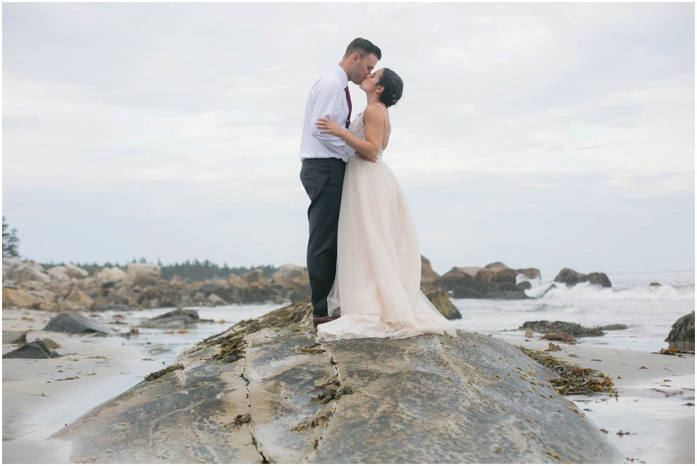 White-Point-Beach-Wedding-Chantal-Routhier-Photographer_0068.jpg