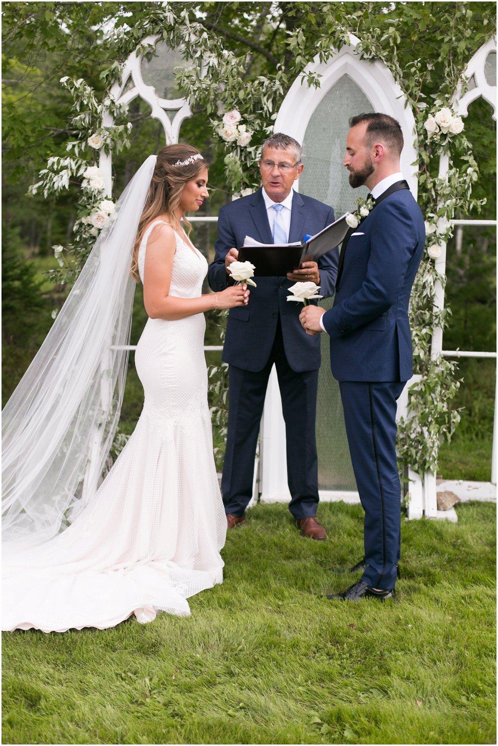 Mahone-Bay-Wedding-Chantal-Routhier-Photography_0014.jpg