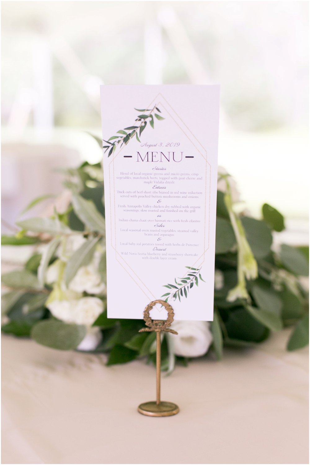 Mahone-Bay-Wedding-Chantal-Routhier-Photography_0033.jpg