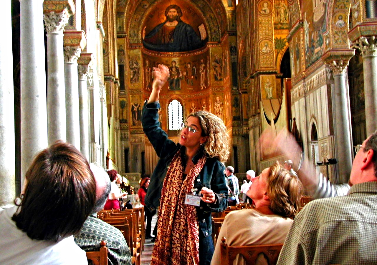 Small-group-guided-tours.jpg