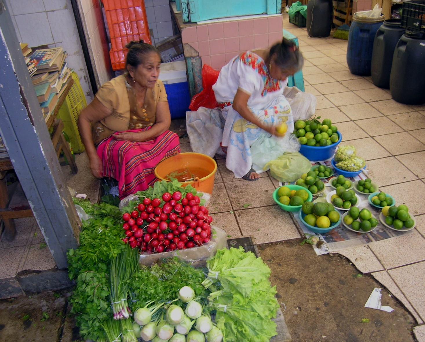 Feb 14 Merida Market women.jpg