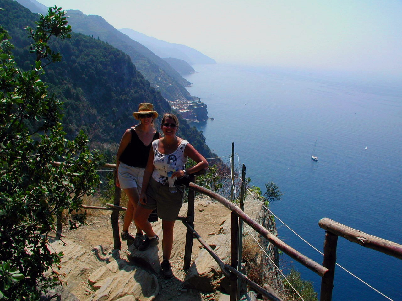 Cinque Terre C&J on the trail to Vernazza.jpg