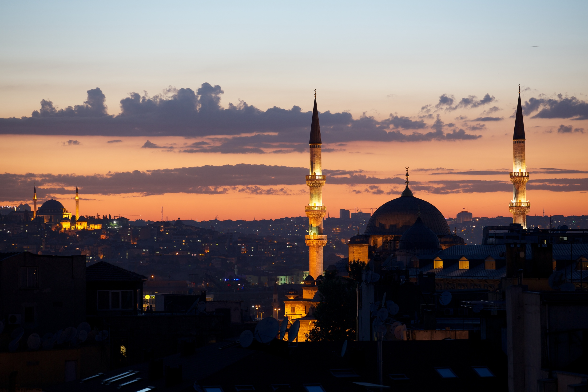 CM Istanbul 3 -  at.jpg