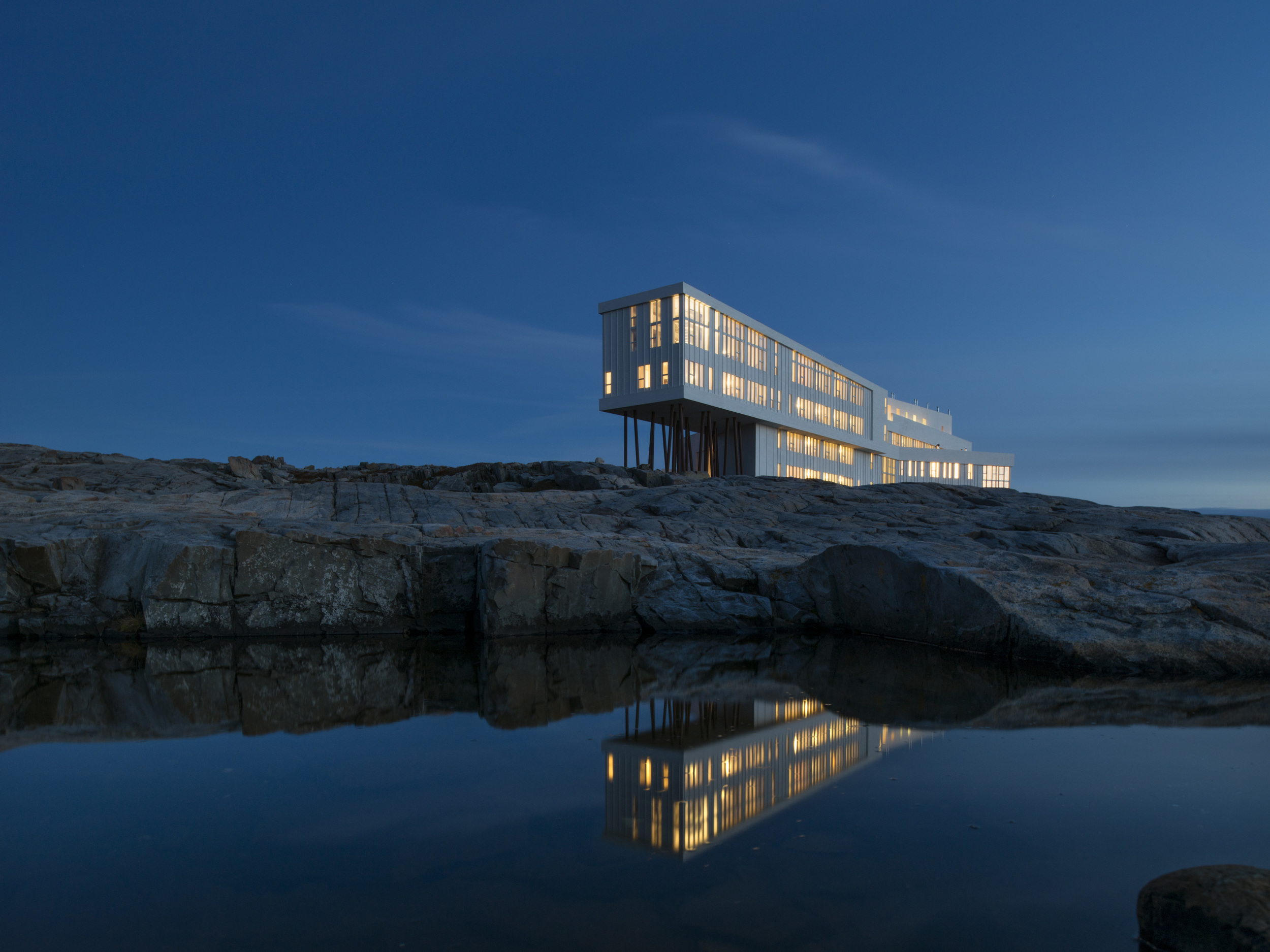 01 Fogo Island Inn.jpg