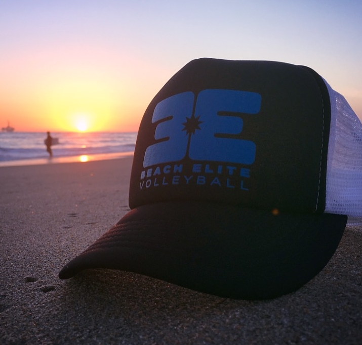 beach elite hat on beach.JPG