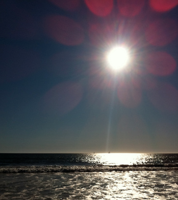 bl_sun_over_sea