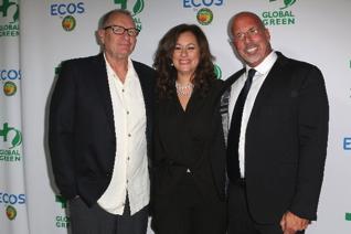 Ed O'Neill,Kelly Vlahakis-Hanks  and Dr. Les McCabe