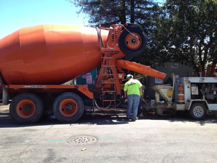 2.-love-the-orange-concrete-truck-750x562.jpg