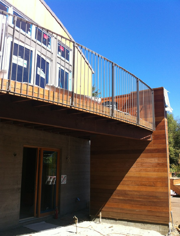 10.-deck-rails.jpg