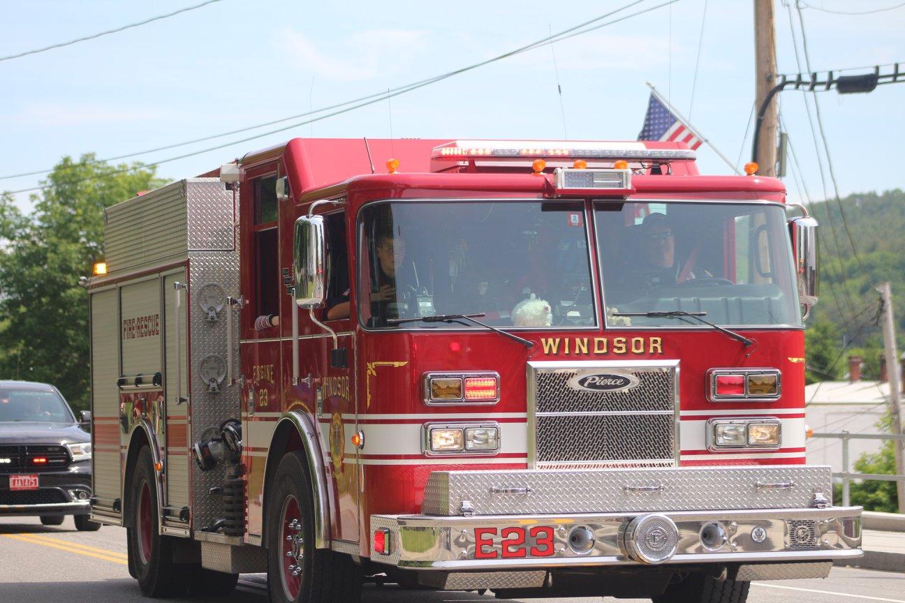 Windsor Fire (2).jpg