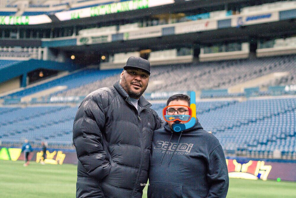 Ep. 28 guest José Moreno with Seahawks Hall of Famer Walter Jones, this weekend at the Sounders opener, sadly we lost 0-1.