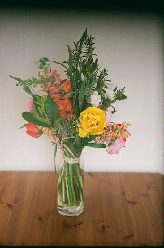 belgium belgique florist fleuriste couronne boutonniere.jpg
