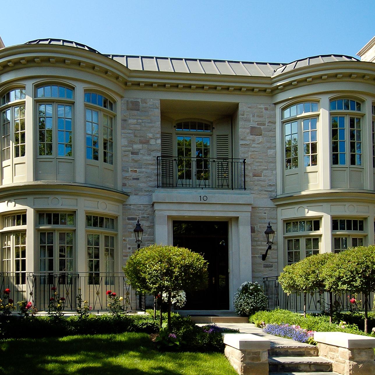 2004 Winner - BILD Best Custom New Home