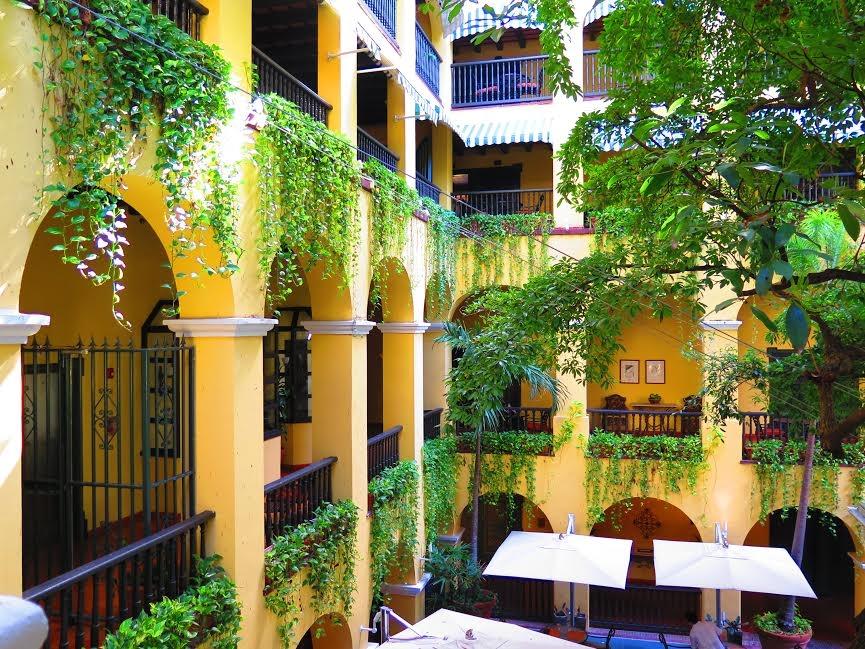 El Convento Hotel