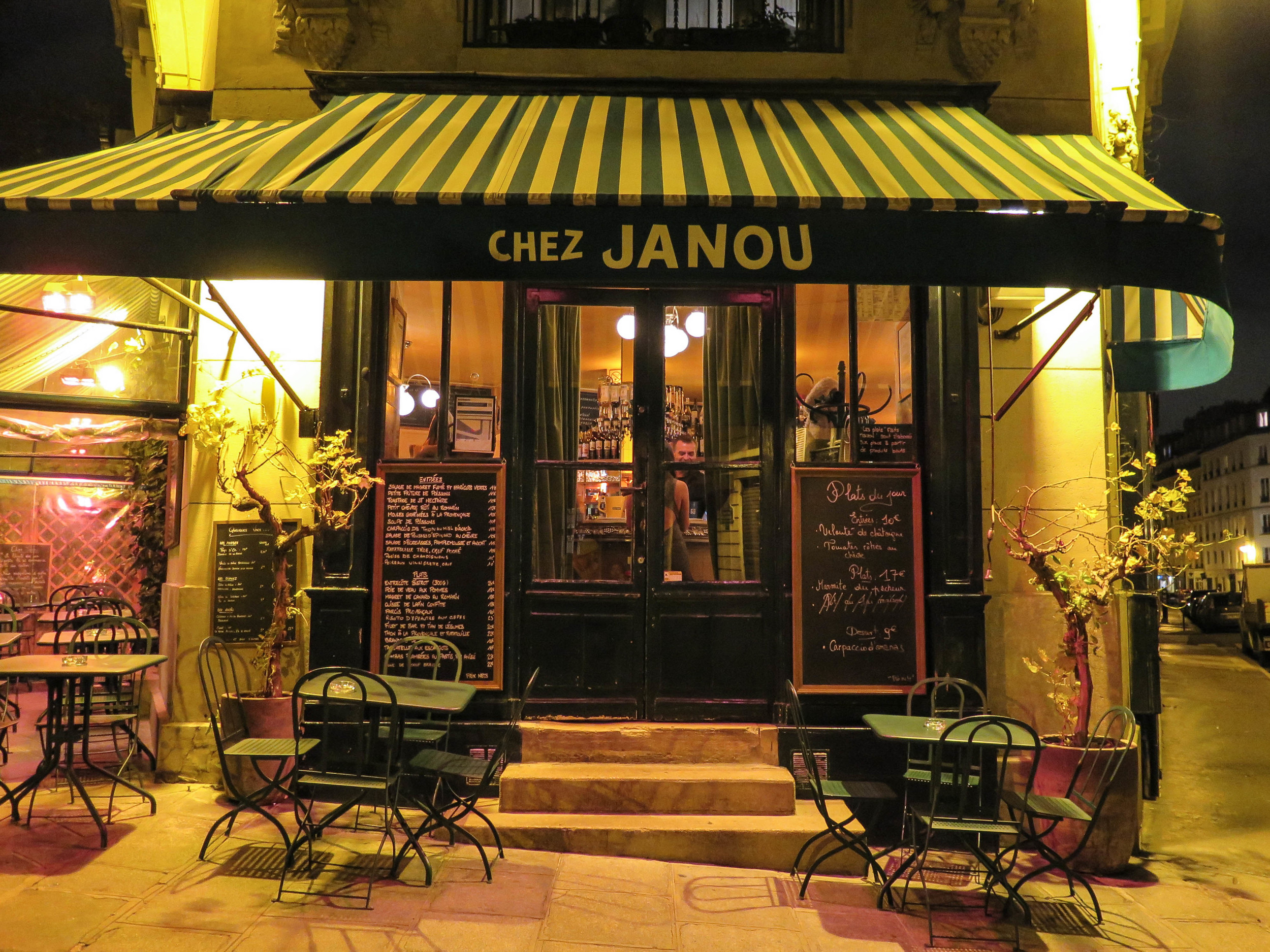 Paris_guide-1.jpg