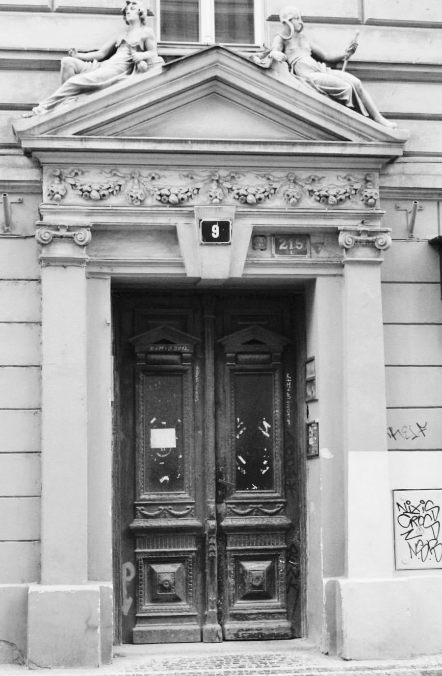 Prague Door 2.jpg