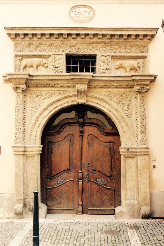 Prague door 5.jpg
