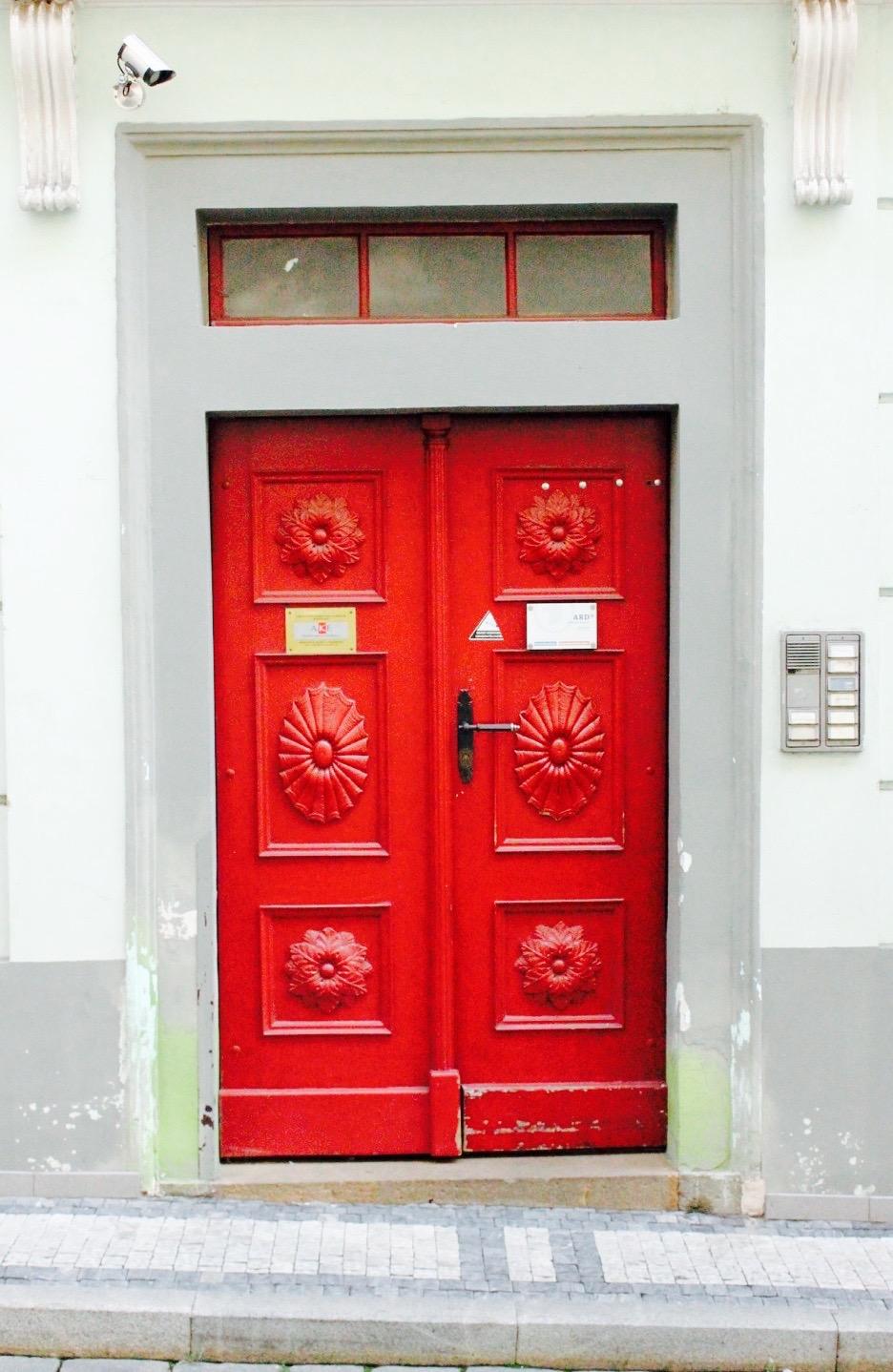 Prague Door 9.jpg