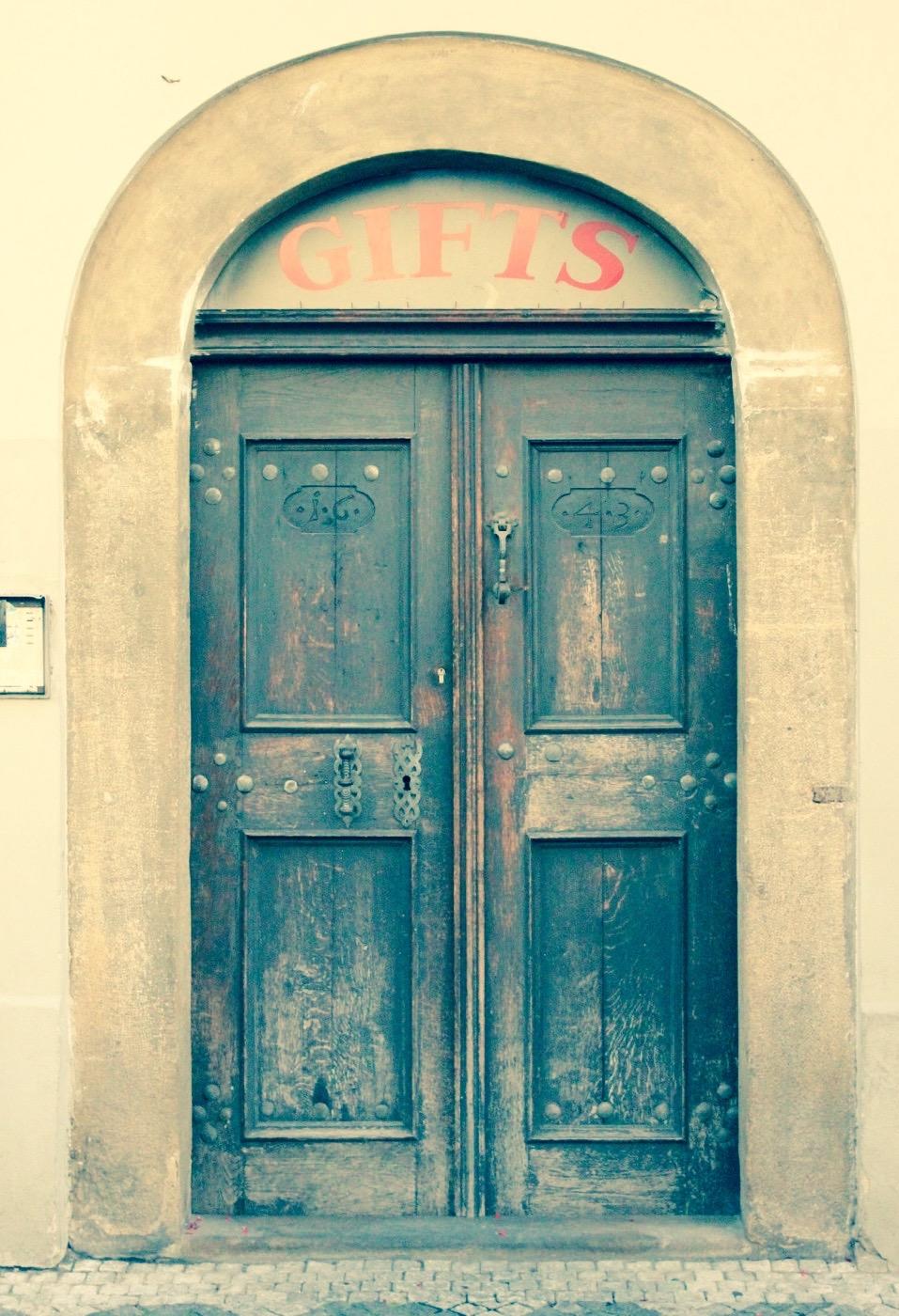 Prague Door 12.jpg