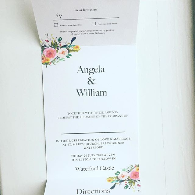 How about an invitation where everything is included in one place? Our fold out suites are just that. Any invitation in our Athena range can be customized to a fold out suite. You can even have your rsvp with a perforated edge. Please get in touch for more details 💕
