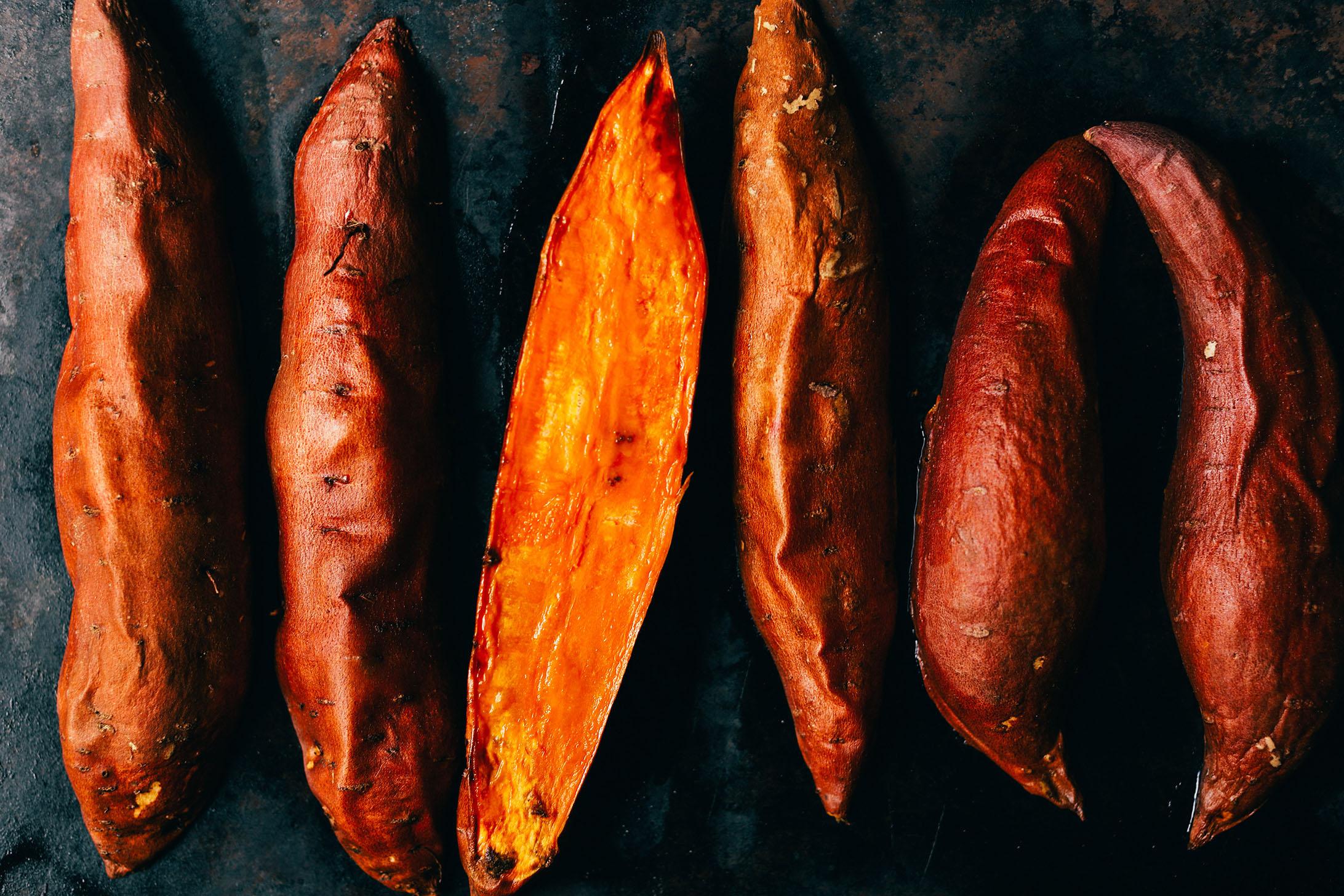 HEALTHY-Baked-Sweet-Potatoes-2-Ways-Savory-and-sweet-in-just-30-minutes-vegan-glutenfree-sweetpotato-healthy-minimalistbaker-plantbased.jpg
