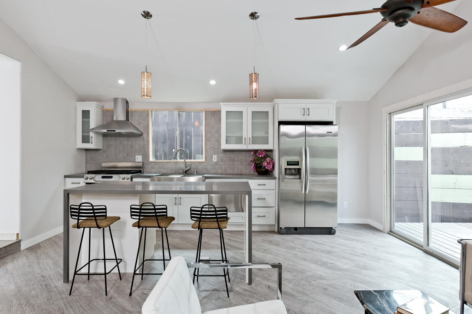 1240+Lilac+Pl+Los+Angeles+CA-large-004-Living+Area+to+Kitchen-1500x1000-72dpi.jpg