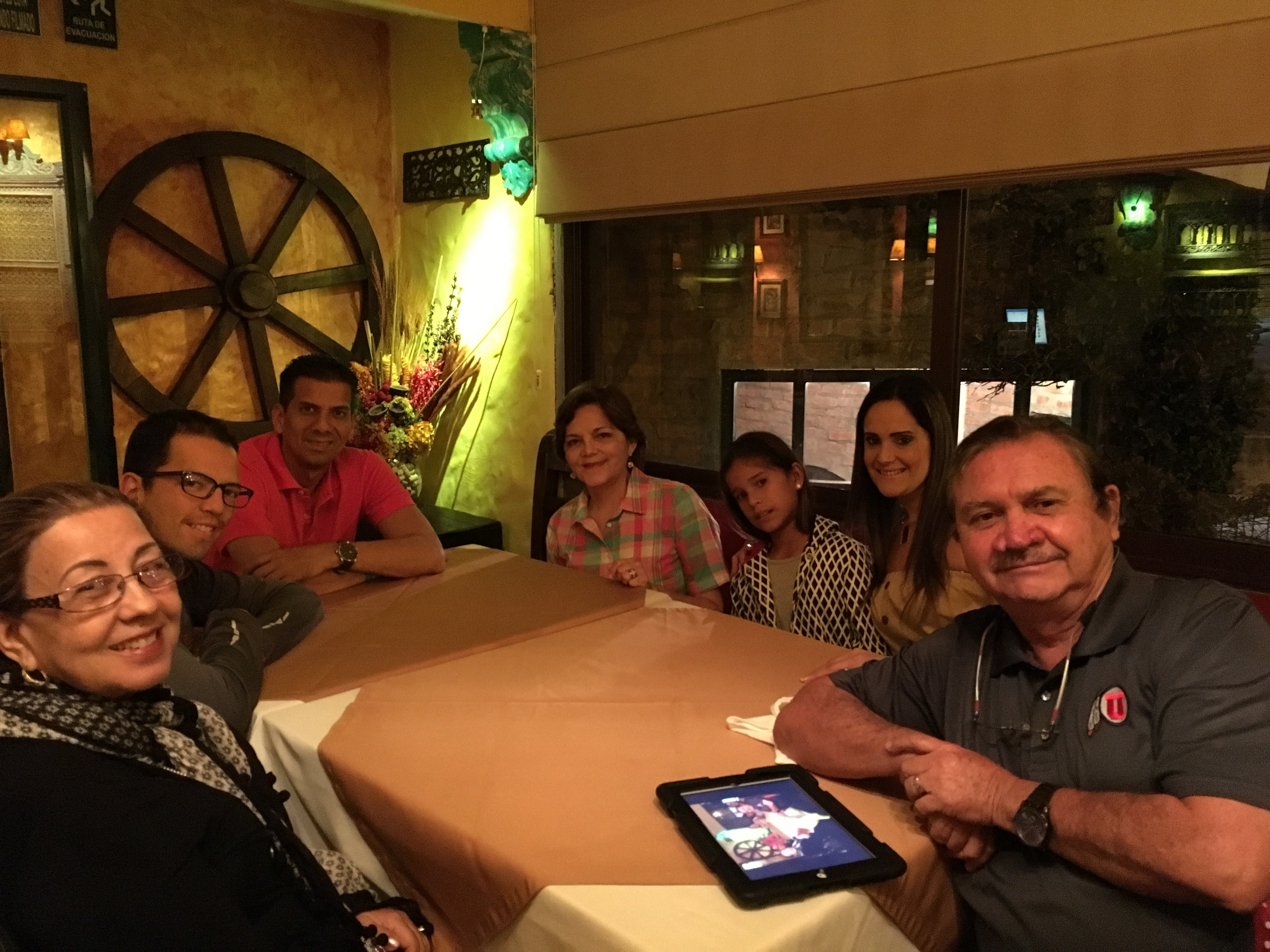 Dining with the family in Manta